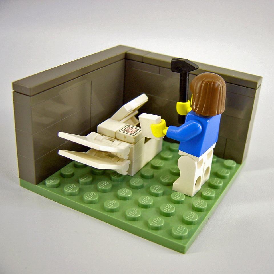 Lego-Männchen am Kopierer; Rechte: Flickr/Legozilla, CC BY 2.0
